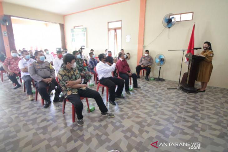 Bupati Karolin resmikan Desa Hilir Kantor Kampung Tangguh Anti Narkoba