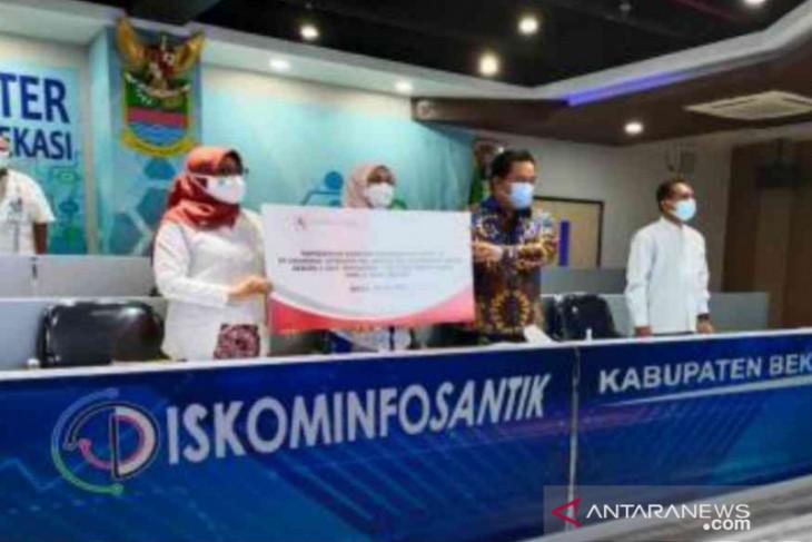 Pemkab Bekasi dapat bantuan alkes dari PT Cikarang Listrindo