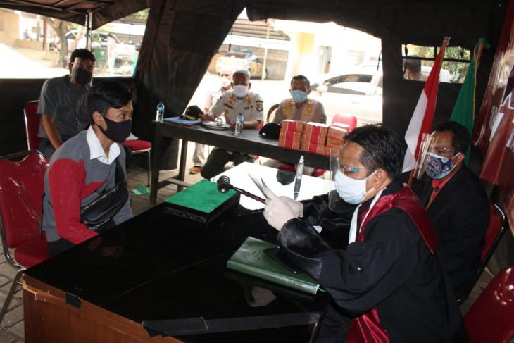Pemkab Tangerang gelar sidang tipiring terhadap 33 pelanggar PPKM darurat