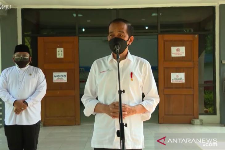 Presiden Jokowi: Paket obat dan vitamin bagi warga isolasi mandiri tidak diperjualbelikan