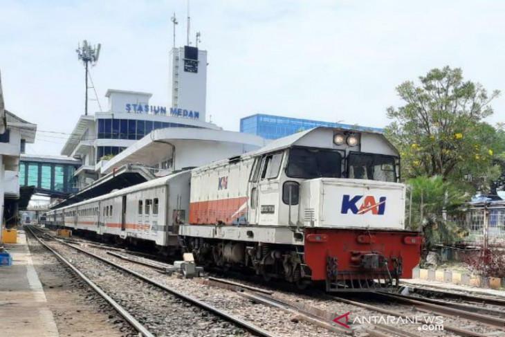 Kereta api Bandara Kualanamu dioperasikan untuk pekerja esensial dan kritikal