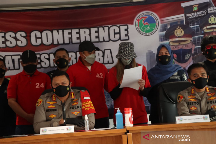 Polisi bantah beri perlakuan khusus terhadap Nia-Ardi Bakrie
