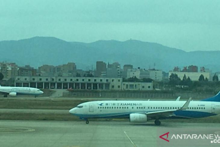 52 kasus COVID ditemukan saat penerbangan dari Afghanistan tujuan China