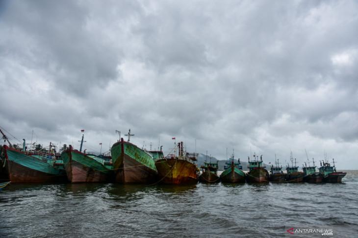 KKP minta nelayan patuhi standar operasional hadapi cuaca ekstrim begini penjelasannya