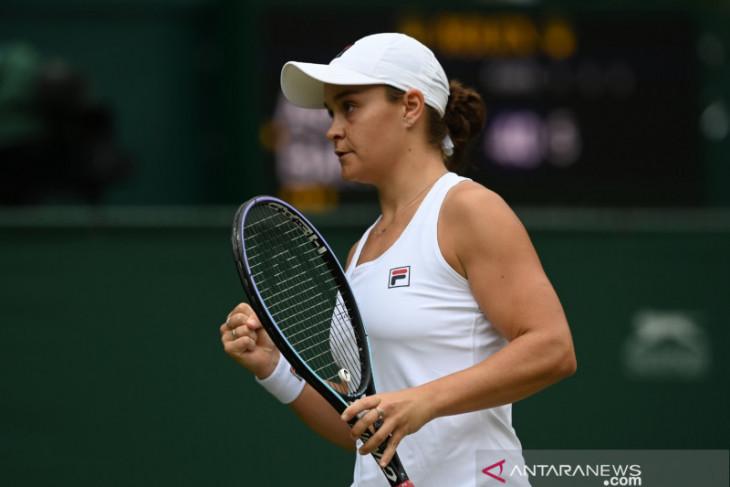 Barty juarai Wimbledon 2021 usai tundukan Pliskova di partai final