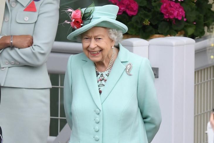 Ratu Elizabeth doakan timnas Inggris  berhasil