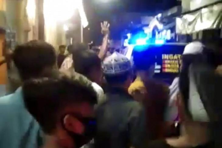 Polisi Surabaya sesalkan kericuhan operasi PPKM darurat