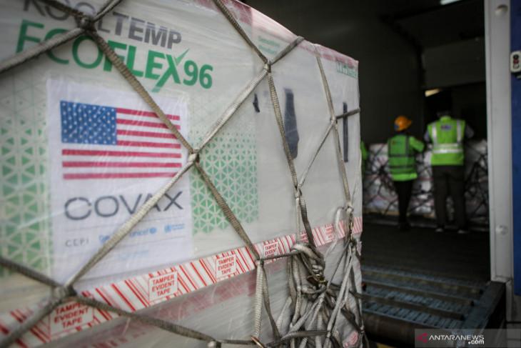 3.5 million doses of Moderna from US govt arrive in Jakarta