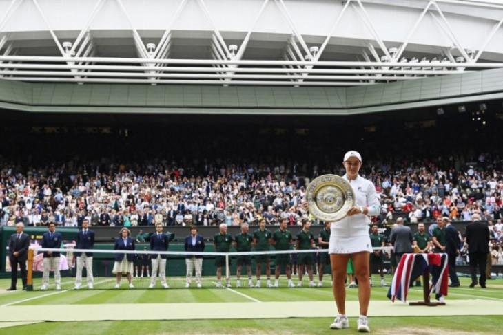 Situasi mendukung Ashleigh Barty merengkuh mukjizat Wimbledon