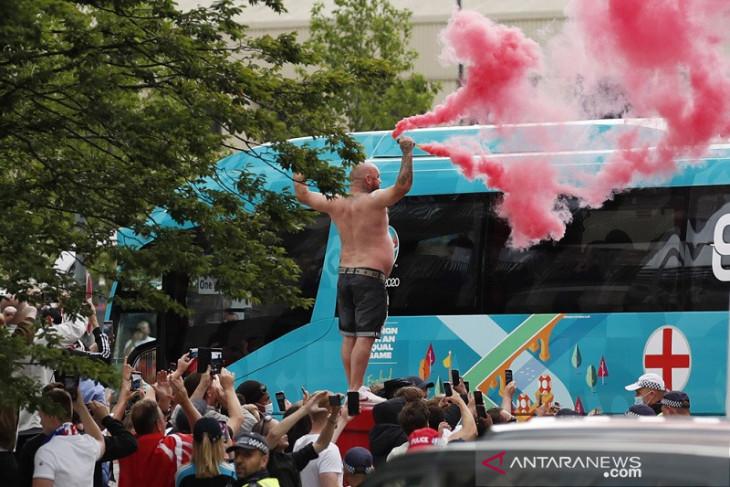Polisi tangkap 49 orang usai kericuhan di final Euro 2020