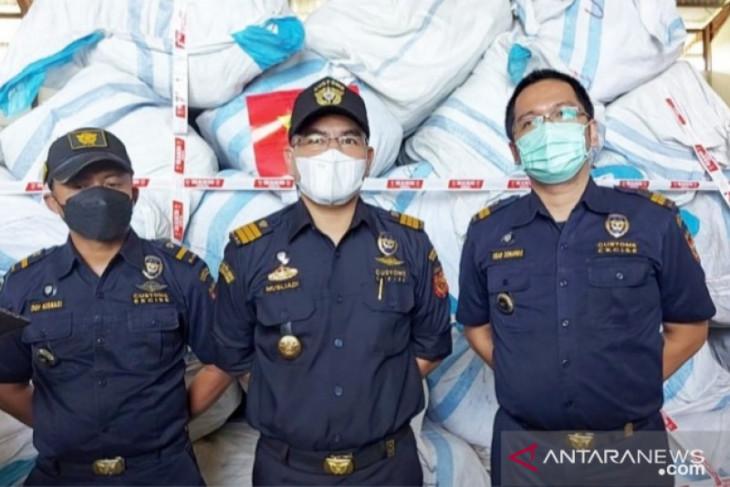 KPPBC Teluk Nibung Tanjungbalai terima limpahan 783 Ballpres tangkapan Polres Labuhan Batu