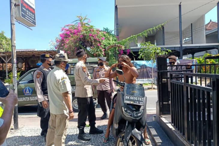 WNA Rusia di Bali dideportasi pasca-karantina COVID-19
