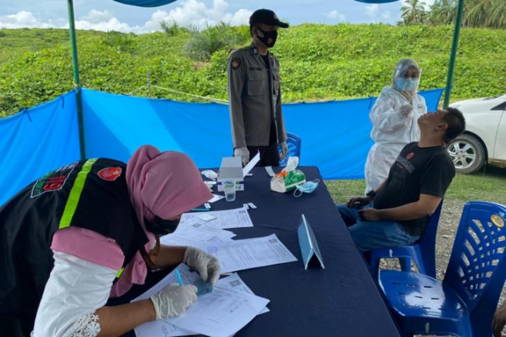 Antisipasi penyebaran COVID-19, Polres Langkat dirikan pos penyekatan di perbatasan Sumut-Aceh