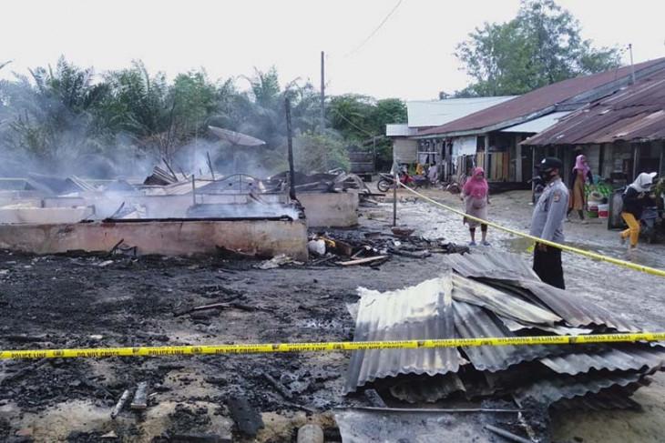 Dua rumah warga di Aceh Timur ludes terbakar