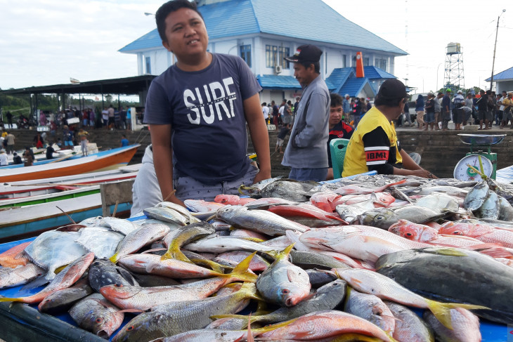 Wagub Gorontalo: belanjakan anggaran pemerintah untuk tekan inflasi
