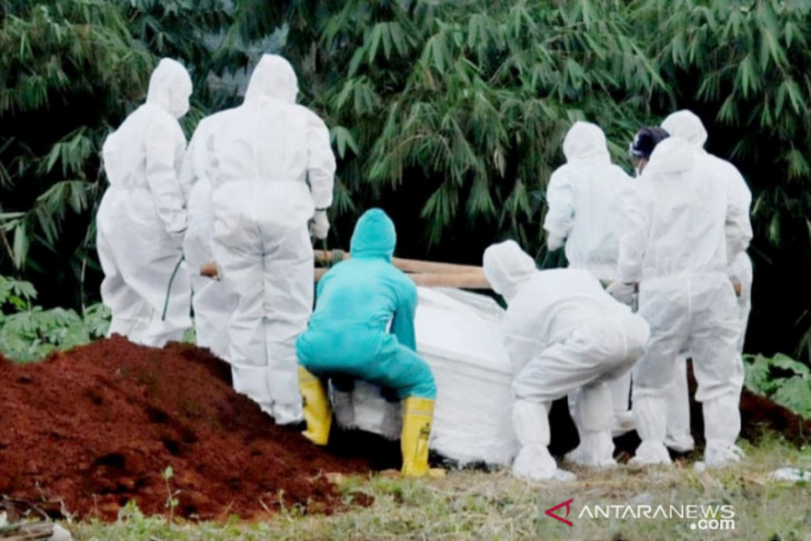 Kematian pasien COVID-19 di Bogor tinggi, Satgas tambah TPU