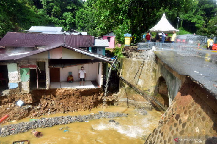 Pemprov Maluku tetapkan status darurat bencana di empat daerah begini penjelasannya