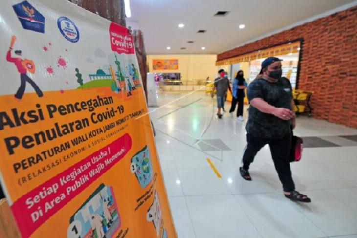 Pembatasan operasional pusat perbelanjaan di Jambi