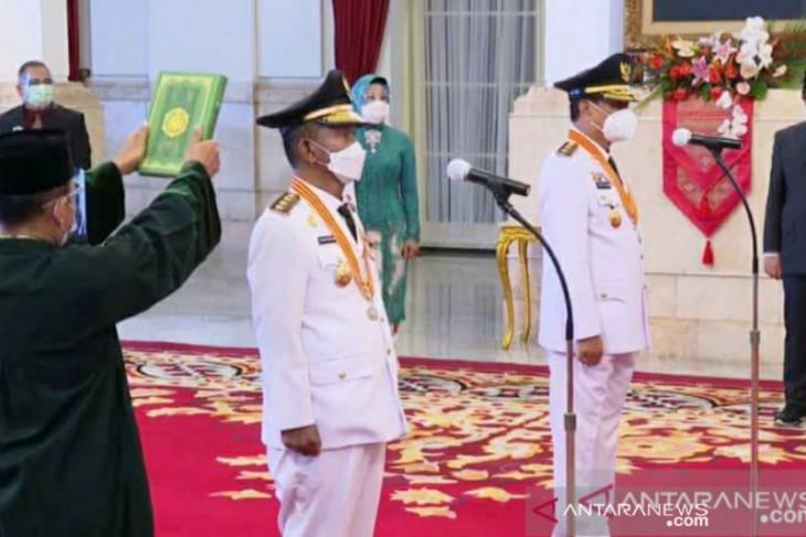 Gubernur dan Wakil Gubernur Sulteng terpapar  COVID-19