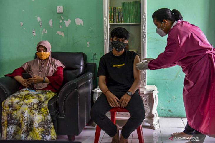 Vaksinasi rutin melambat, penyakit meningkat