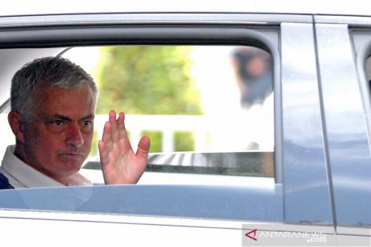 Jose Mourinho diyakini bisa naikan standar AS Roma