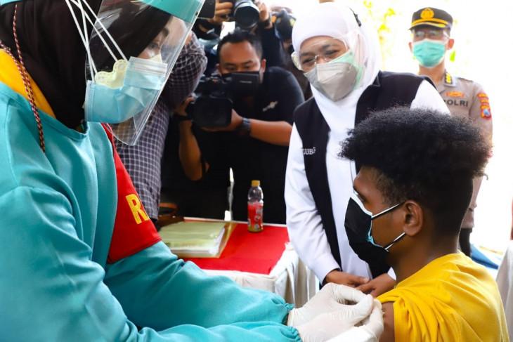 Forkopimda Jatim pastikan kelancaran program vaksinasi dari rumah ke rumah