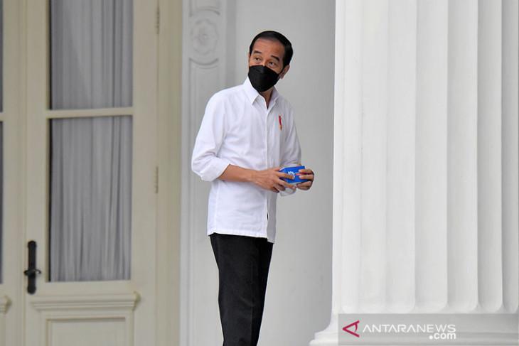 Presiden Jokowi akhirnya batalkan vaksinasi berbayar