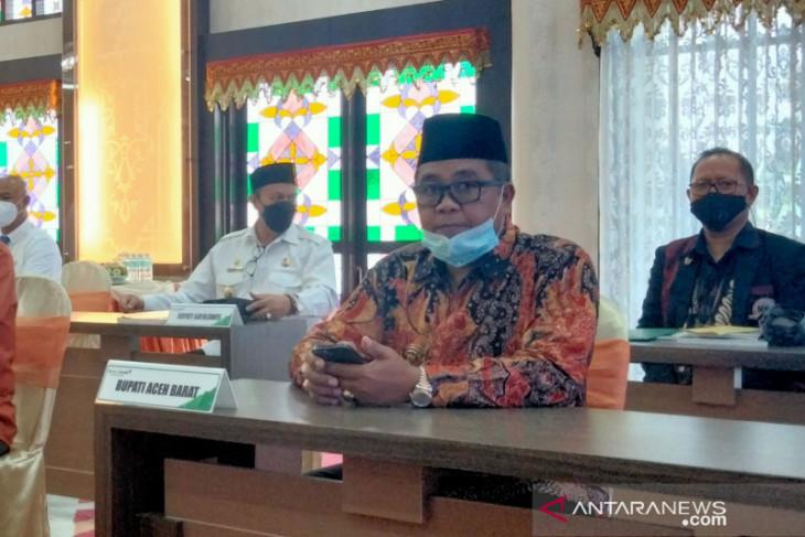 Bupati Aceh Barat sepakat direksi Bank Aceh Syariah diganti