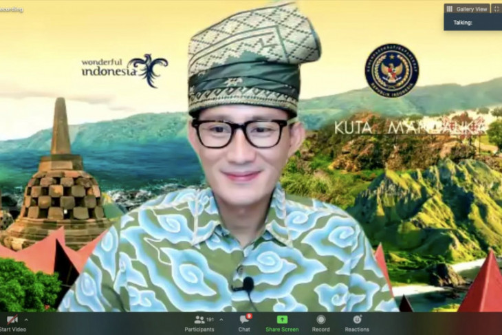 Sandiaga gandeng Perhimpunan Pelajar Indonesia promosikan parekraf