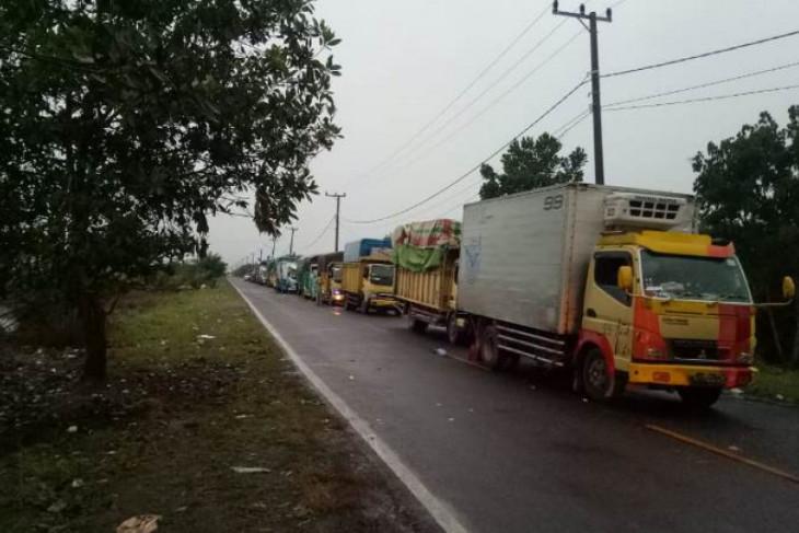 Perkumpulan pengemudi truk Maluku pertanyakan pembatasan solar di SPBU
