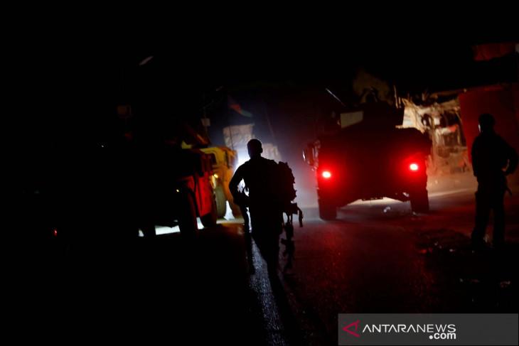 Tiga roket jatuh di dekat Istana Presiden Afghanistan ketika shalat Ied