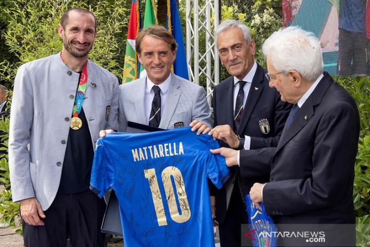 Italia pertimbangkan untuk jadi tuan rumah Euro 2028 atau Piala Dunia 2030