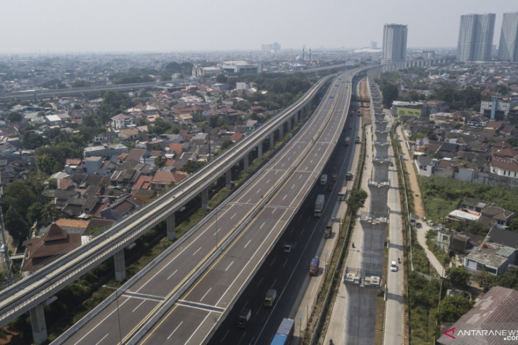 Jasa Marga lakukan sempurnakan sambungan badan Jalan Tol Layang MBZ