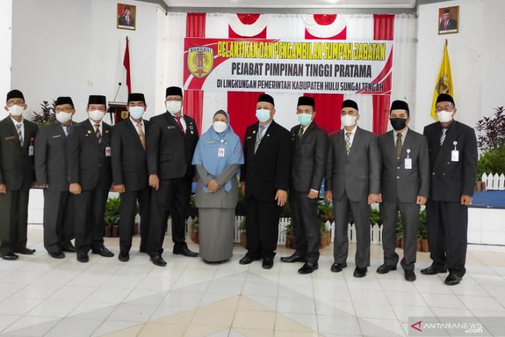Sebanyak 11 pejabat eselon II Pemkab HST dilantik, berikut daftarnya