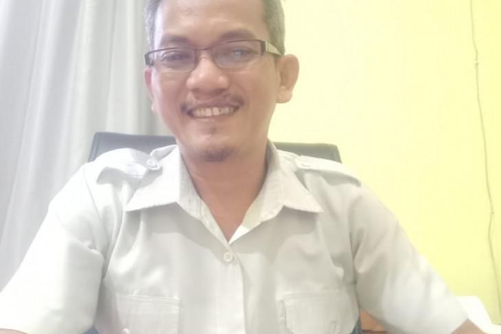 Pemkab Belitung Timur berikan beasiswa 99 mahasiswa berprestasi