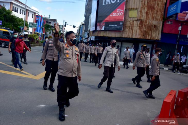 Polisi tangkap terduga provokator di demonstrasi tolak PPKM Ambon tegakkan hukum