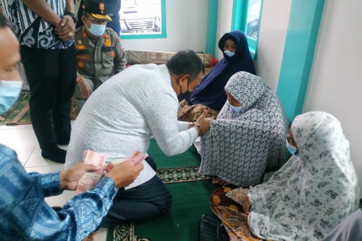 Sebanyak 3.021orang Lansia dapat bantuan dari Pemkab Aceh Jaya