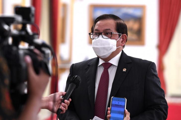 Kecuali Menlu, Presiden larang menteri keluar negeri saat PPKM darurat