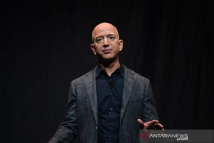 Jeff Bezos  tidak cemas jelang terbang ke luar angkasa