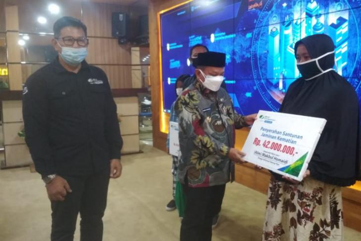 BPJS Ketenagakerjaan Situbondo salurkan santunan peserta pekerja informal