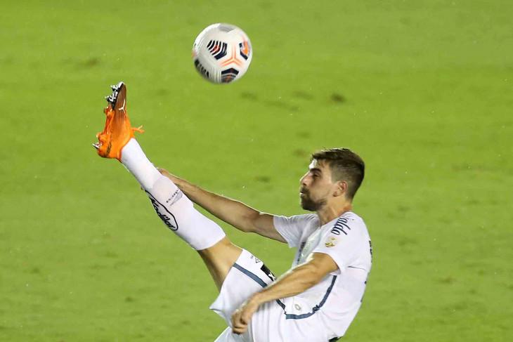 Marseille merekrut pemain Brazil Luan Peres