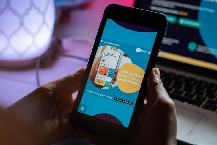 Telkomsel unveils skill-learning platform Kuncie for all