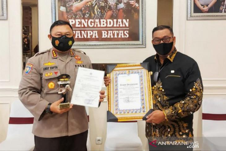Kapolri anugerahi Maluku provinsi terbaik PPKM mikro