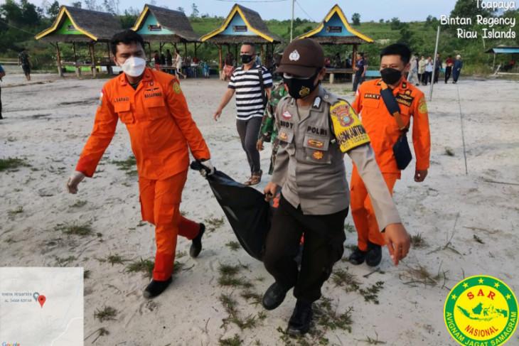 SAR temukan seorang bocah laki-laki meninggal di kolam bekas galian di Bintan
