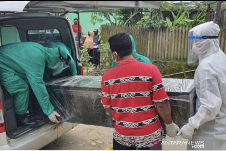 Pemkot Samarinda latih masyarakat memulasarakan jenazah pasien COVID-19