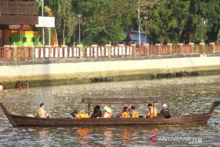Pemprov dan Pemkot Banjarmasin kolaborasi wujudkan sungai Martapura bungas