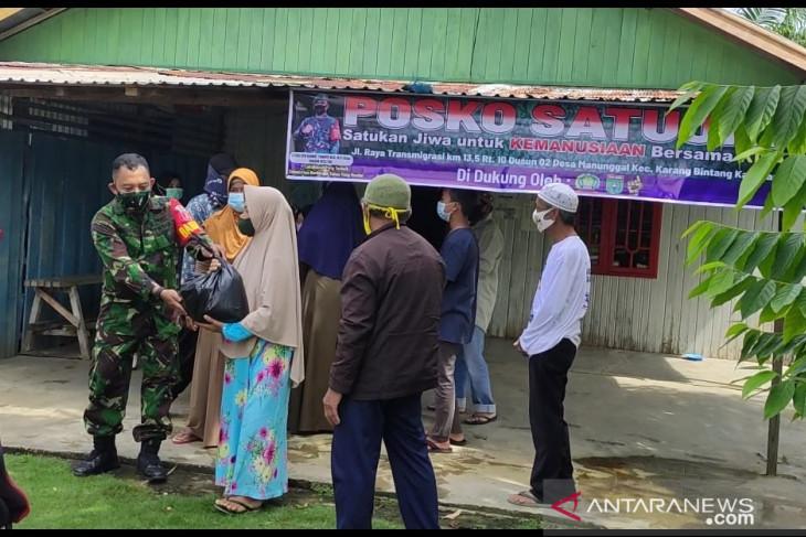 Yayasan Satu Jiwa salurkan bantuan sembako di dua desa
