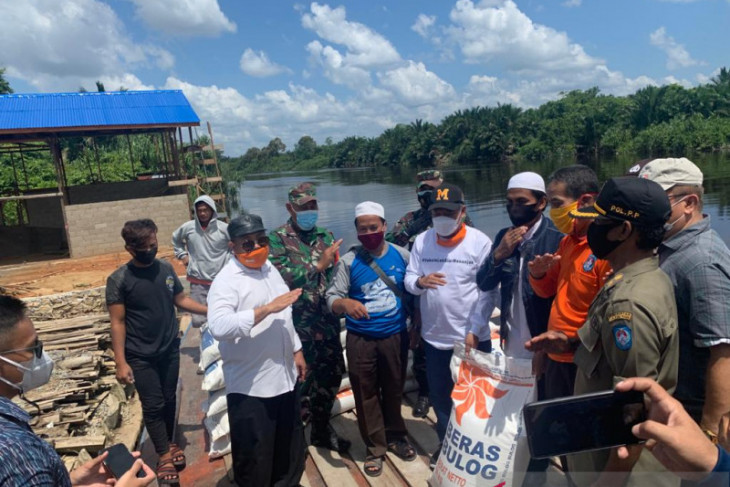 Kabupaten Kubu Raya bantu 2.700 korban banjir di Kuala Mandor B
