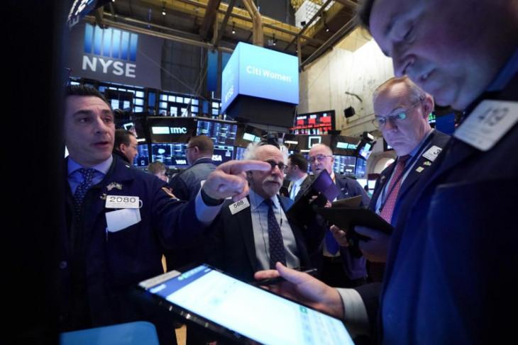 Wall Street dibuka lebih tinggi  setelah penjualan ritel AS bangkit