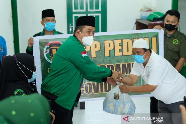 PPP Padangsidimpuan berbagi untuk pedagang dimasa PPKM